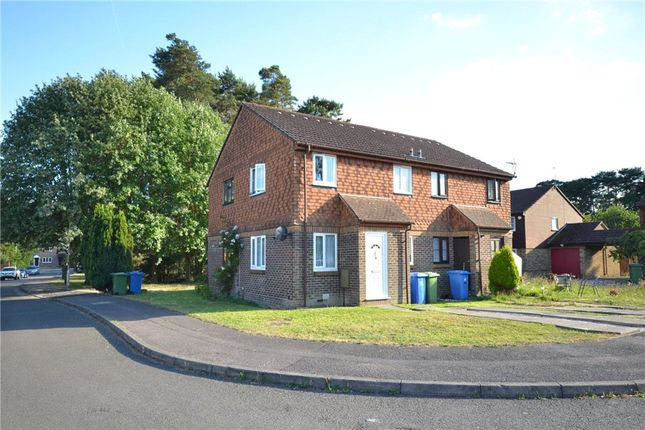 Thumbnail Terraced house to rent in Charterhouse Close, Bracknell