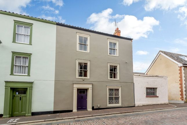 Thumbnail Semi-detached house for sale in Pottergate, Norwich
