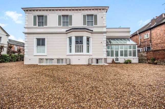 Thumbnail Flat for sale in Warwick Place, Leamington Spa, Warwickshire, England