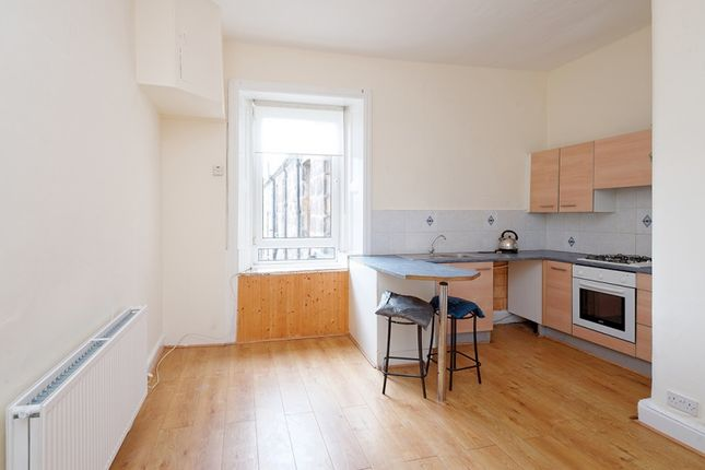 Thumbnail Flat for sale in Belleisle Street, Glasgow
