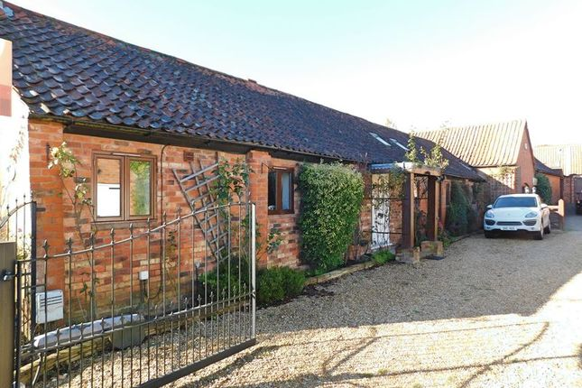Thumbnail Barn conversion to rent in Sedgebrook Road, Allington, Grantham