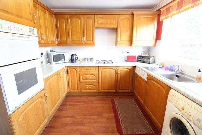 Kitchen of Countess Close, Hull HU6
