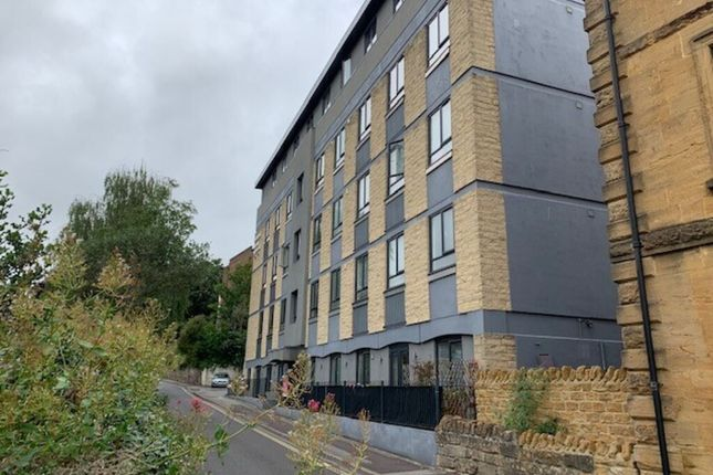 3 bed flat to rent in Court Ash, Yeovil BA20