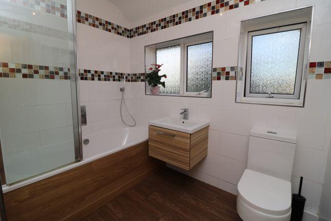 Bathroom of Queenhill Road, Selsdon, South Croydon CR2