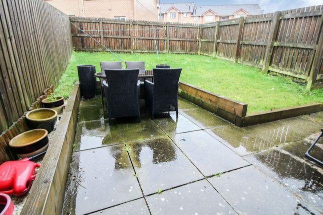 Garden of Strachur Crescent, Glasgow G22