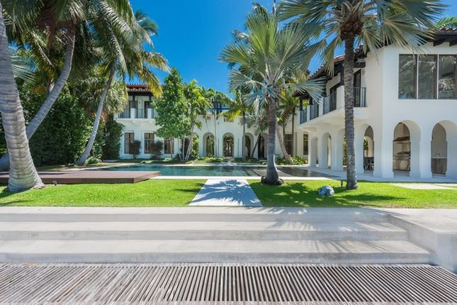 Thumbnail Property for sale in 2318 N Bay Rd, Miami Beach, Florida, United States Of America