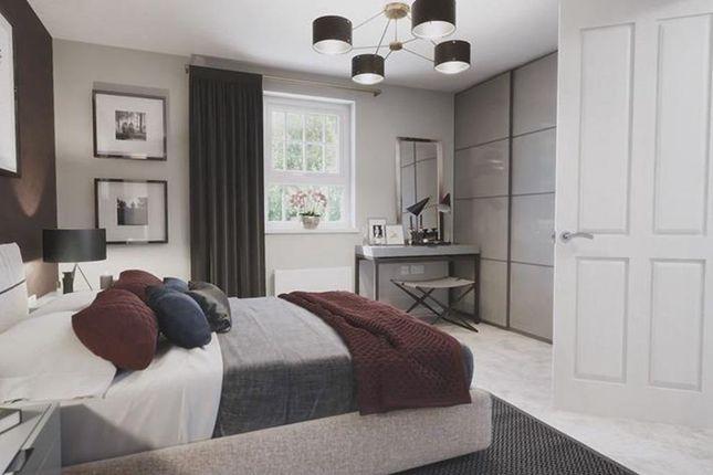Inside View 4 Bed Kirkdale Main Bedroom