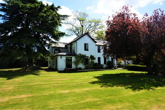 Thumbnail Detached house for sale in East Hill Lane, Copthorne