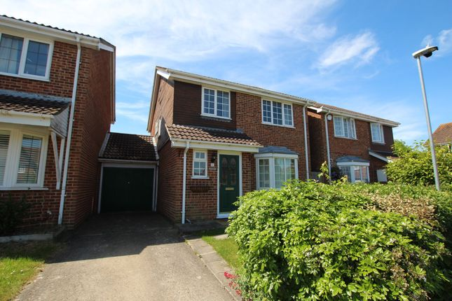 Thumbnail Link-detached house to rent in Coriander Way, Earley, Reading