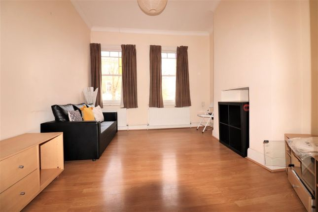 Thumbnail Terraced house to rent in Hazellville Road, London