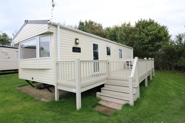 Thumbnail Mobile/park home for sale in Breydon Waters, Butt Lane, Burgh Castle, Great Yarmouth