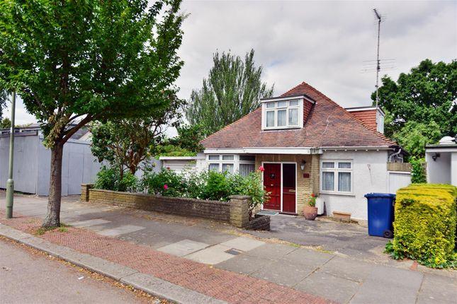 Thumbnail Bungalow for sale in Decoy Avenue, London