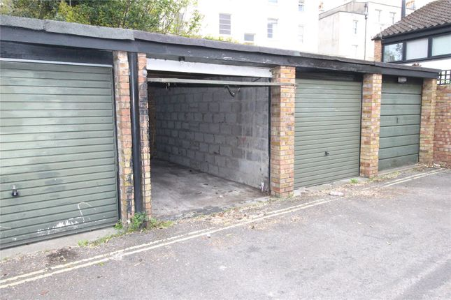 Parking/garage to rent in High Kingsdown, Bristol