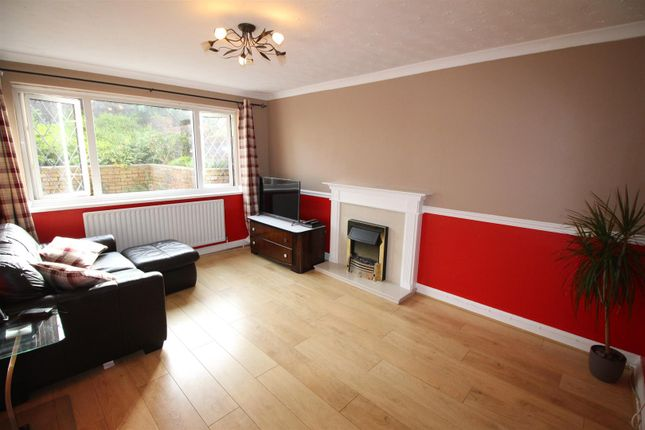 Thumbnail Semi-detached house to rent in Vale View, Risca, Newport
