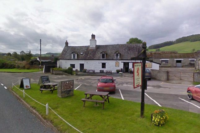 Thumbnail Pub/bar for sale in Builth Wells, Powys