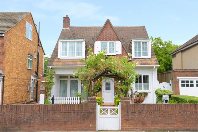 Woodlands Avenue, Eastcote, Middlesex HA4