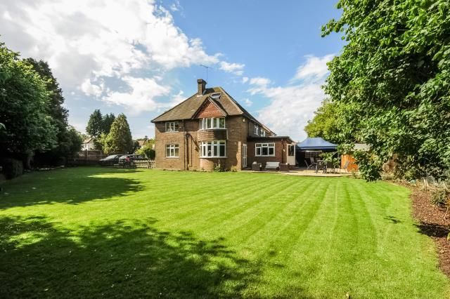 Thumbnail Detached house for sale in Wendover, Buckinghamshire
