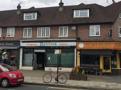 Thumbnail Retail premises to let in 97 Sycamore Road, Amersham, Buckinghamshire