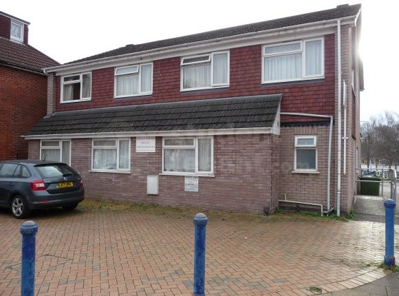Thumbnail Shared accommodation to rent in Burgess Road, Southampton, Southampton