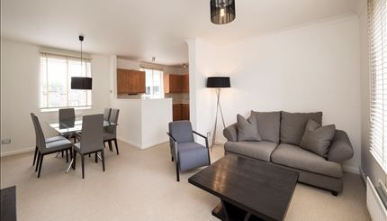 Thumbnail Flat to rent in Fulham Road, Chelsea, London