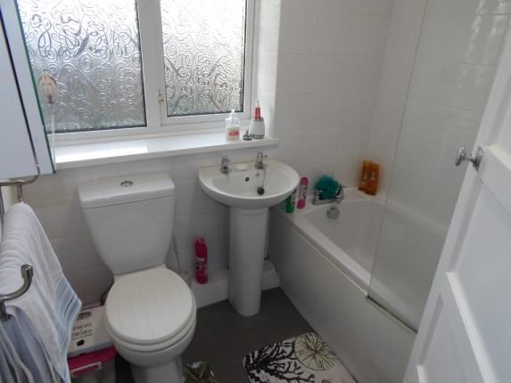 Bathroom of Bournmoor Avenue, Clifton, Nottingham, Nottinghamshire NG11
