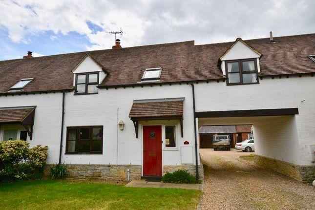 4 bed property for sale in Squires Court, Bretforton, Evesham WR11
