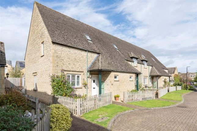 Thumbnail Property for sale in Broadlands Court, Bourton-On-The-Water, Cheltenham