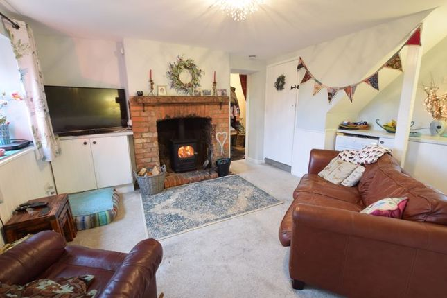 Thumbnail Cottage for sale in Shipton-On-Cherwell, Kidlington