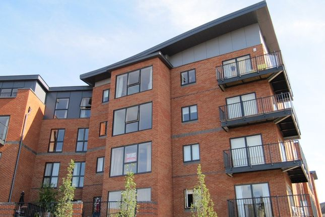 Thumbnail Flat to rent in Newport Street, Worcester