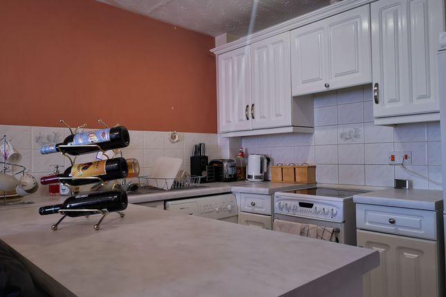 Kitchen of Keller Close, Stevenage SG2