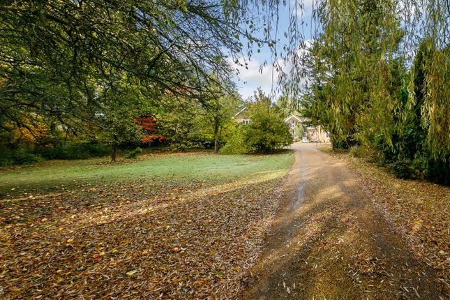 5 bed country house for sale in The Park, Uckfield, East Sussex