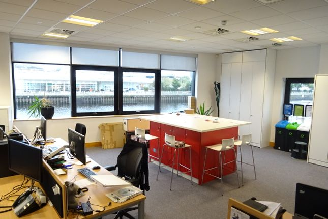 Thumbnail Office to let in Kings Road, Swansea Waterfront