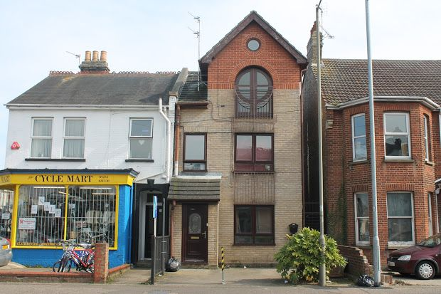 Property for sale in Wellesley Road, Clacton-On-Sea