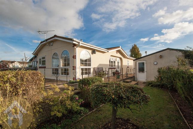 Thumbnail Mobile/park home for sale in Lillybrook Estate, Lyneham, Chippenham