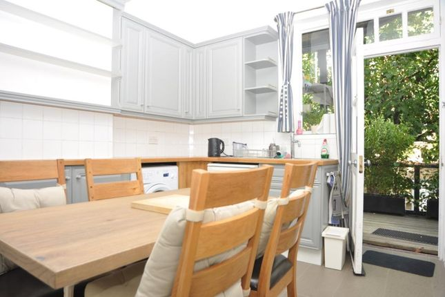 Thumbnail Flat to rent in Valentine Mansions, The Green, London