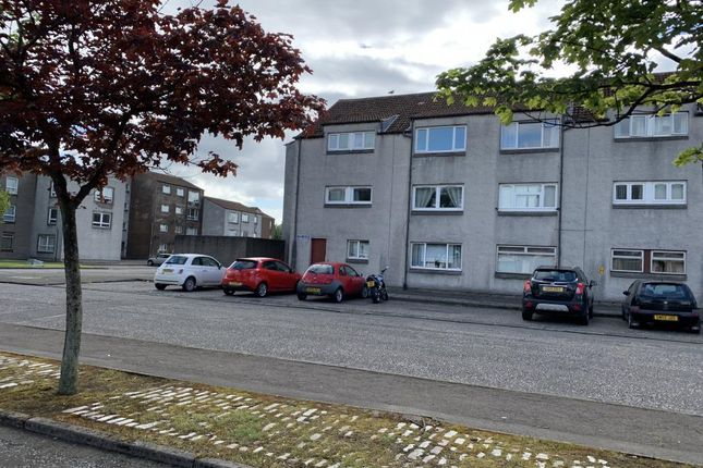 Thumbnail Flat to rent in Lumley Street, Grangemouth, Falkirk