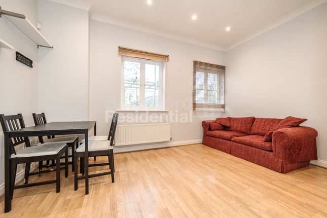 Thumbnail Flat to rent in Bascombe Street, London
