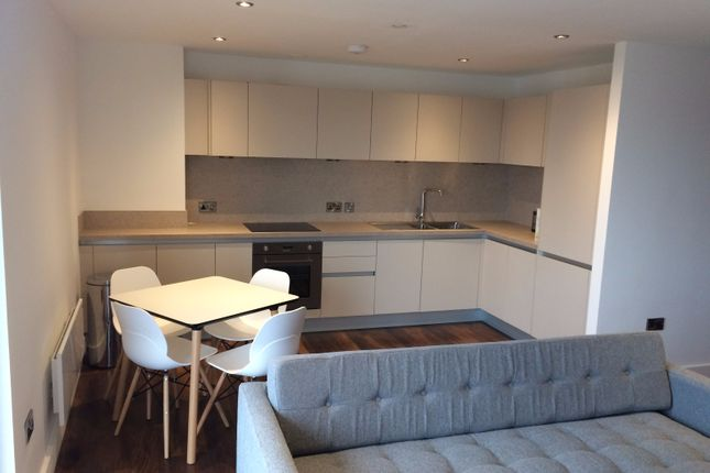 2 bed flat to rent in Ordsall Lane, Salford