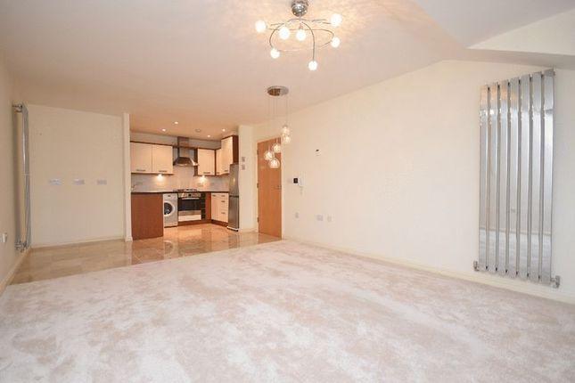 Thumbnail Flat to rent in Longthorpe Lane, Lofthouse, Wakefield