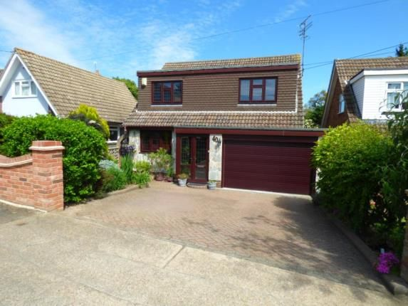 Thumbnail Property for sale in Avondale Road, Benfleet