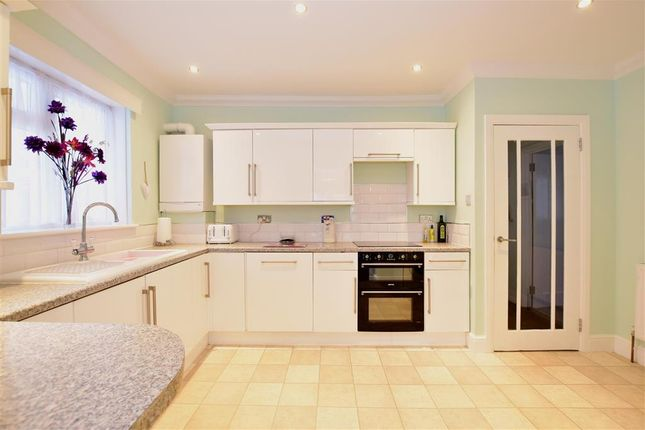 3 bed detached bungalow for sale in Seaview Road, Woodingdean, Brighton, East Sussex