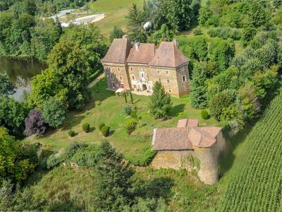 Bed Property For Sale Jumilhac Le Grand Dordogne France