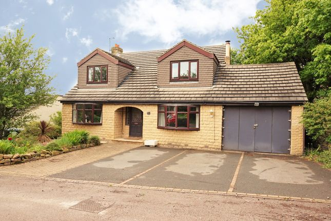 Thumbnail Detached house for sale in Spring View, Leeds