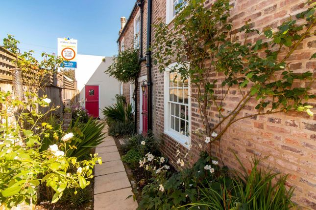 Thumbnail Cottage for sale in Middle Deal Road, Deal