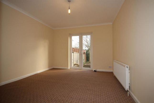 Thumbnail Semi-detached house to rent in St Andrews Road, East Acton