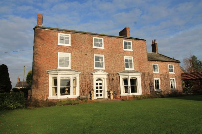 Thumbnail Detached house for sale in Skipton Bridge, Thirsk