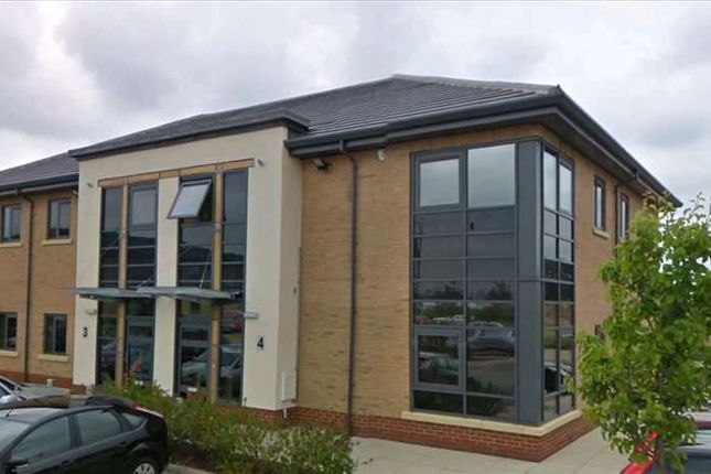 Serviced office to let in Adwick Le Street, Doncaster