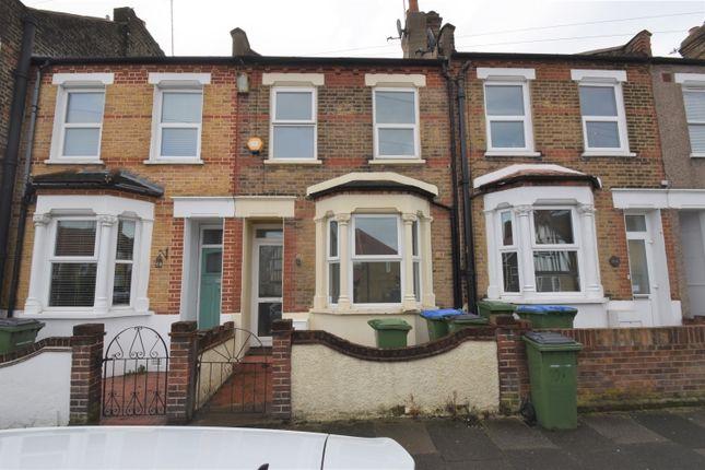 Thumbnail Flat to rent in Timbercroft Lane, London
