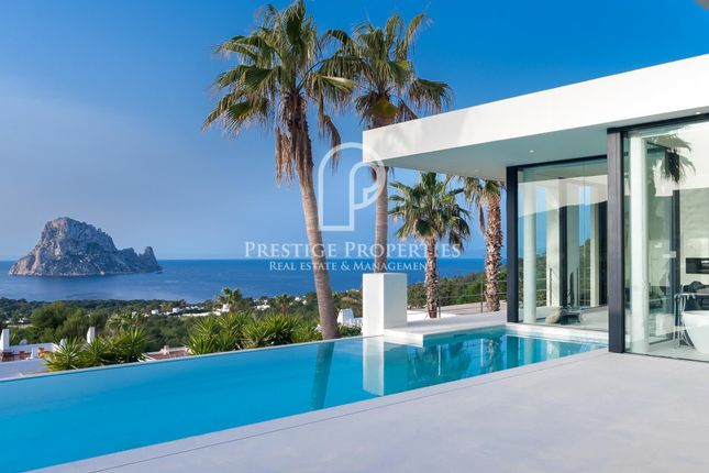 Thumbnail Chalet for sale in Cala Carbo, Ibiza, Spain - 07830