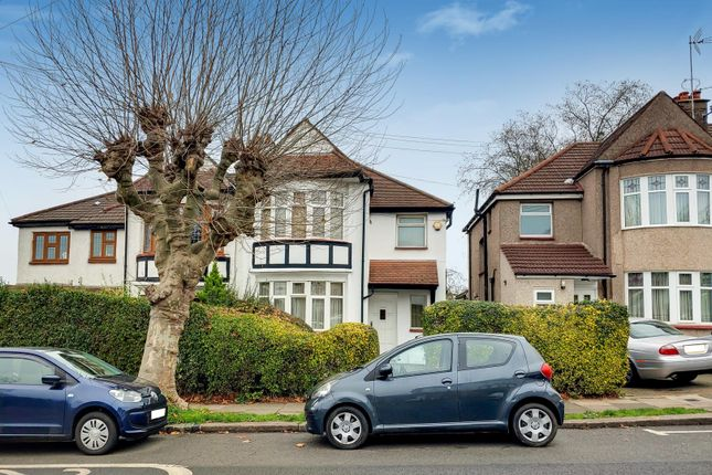 Thumbnail Property for sale in Crescent Road, Friern Barnet